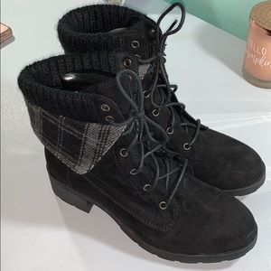 CUTE! Women's 8.5 Black Suede Small Heeled Boots